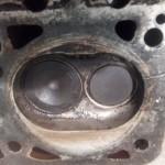 Närbild topplock, cylindern som läckte