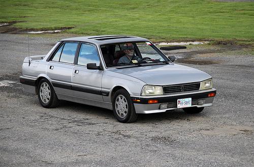 Peugeot 505 1989 - donator av kylare till GAZ 24 Volga.